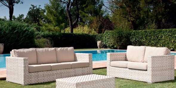 auch 2014 ein hingucker outdoor m bel im lounge stil. Black Bedroom Furniture Sets. Home Design Ideas